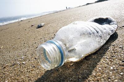 Globale aktører går sammen mod plastforurening