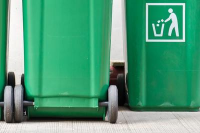 Kommunikation og adfærdsdesign – hvordan får vi skubbet borgere og kunder i retning af mere affaldssortering?