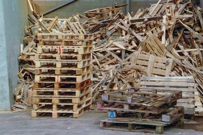 Sortering og afsætning af træ-affald